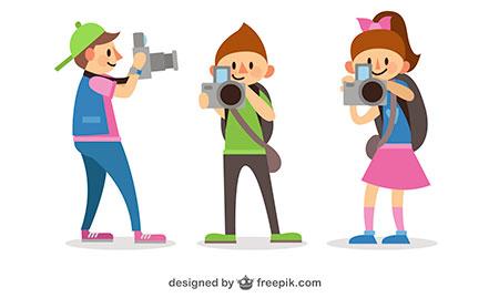 Niños haciendo fotos
